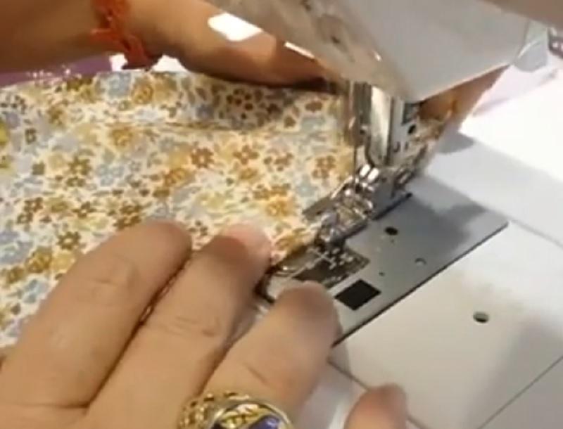 Come utilizzare il piedino per fare l'orlino con la Necchi